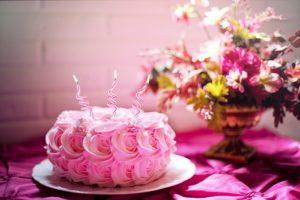 Comment lisser un gâteau sans spatule