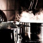 Organisation d'événement : Pourquoi louer du mobilier de cuisine ?
