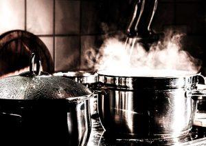 Organisation-d-événement -Pourquoi-louer-du-mobilier-de-cuisine