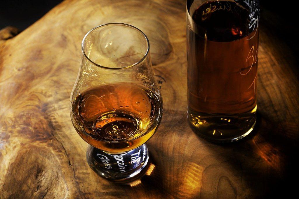 Pourquoi vous devez ajouter ce style de rhum de terroir à votre bar à la maison ?