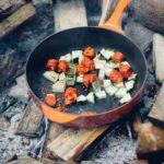 Comment nettoyer une casserole brulée avec de la confiture ?